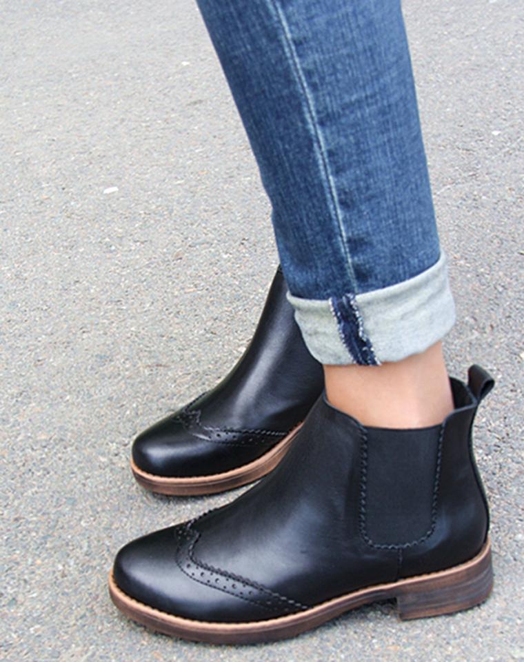 宠爱它  仅248元  大牌订单  布洛克雕花复古风  2016秋冬最新  松紧口 小平跟 女款短靴