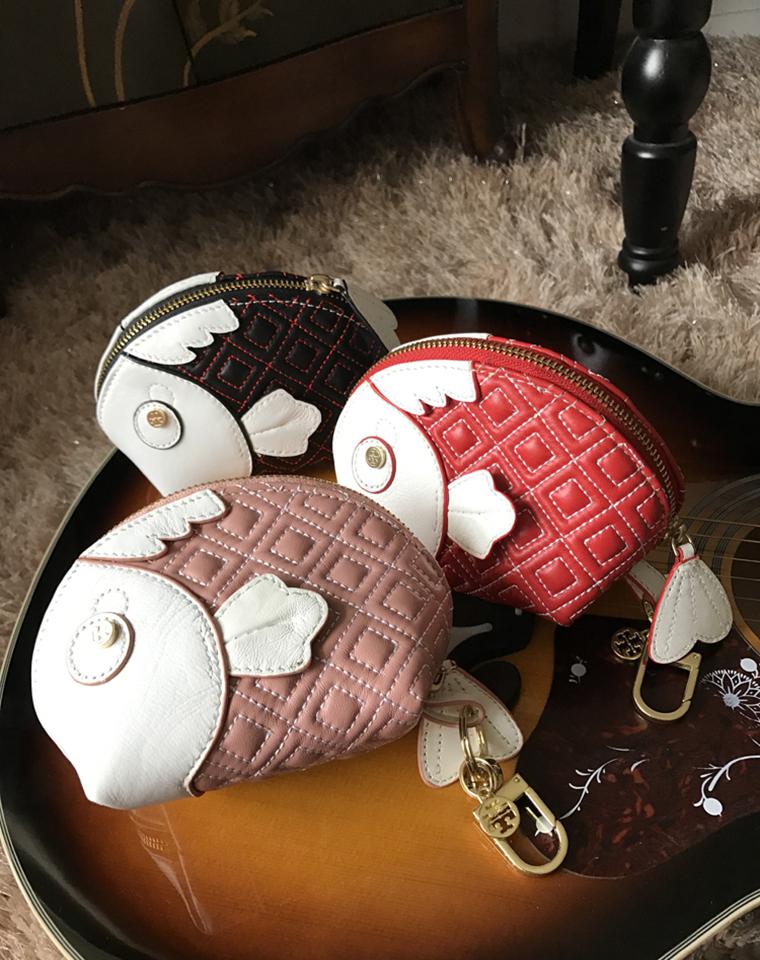 回馈老客户 仅85元 美国Tory Burch纯正原单  羊皮小鱼包中包  化妆包 容量挺大