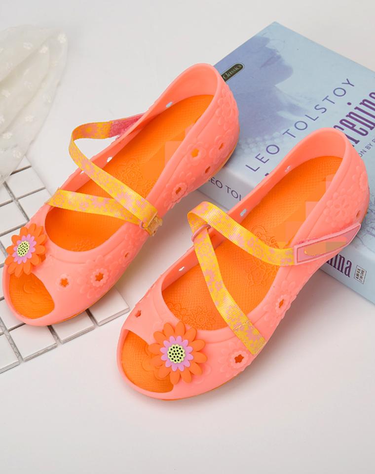 宝妈宝宝都爱  仅85元  skechers 斯凯奇  甜美可爱女童凉鞋玛丽珍中大童鞋亲水 舒适柔软