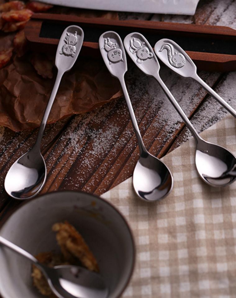 一家人有爱的好物  仅4.8元   重工好勺子   超精致的十二生肖长柄饭勺 汤勺~