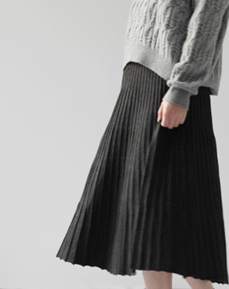 冬日凹造型必备 仅85元    羊绒混  显瘦 喇叭百褶裙