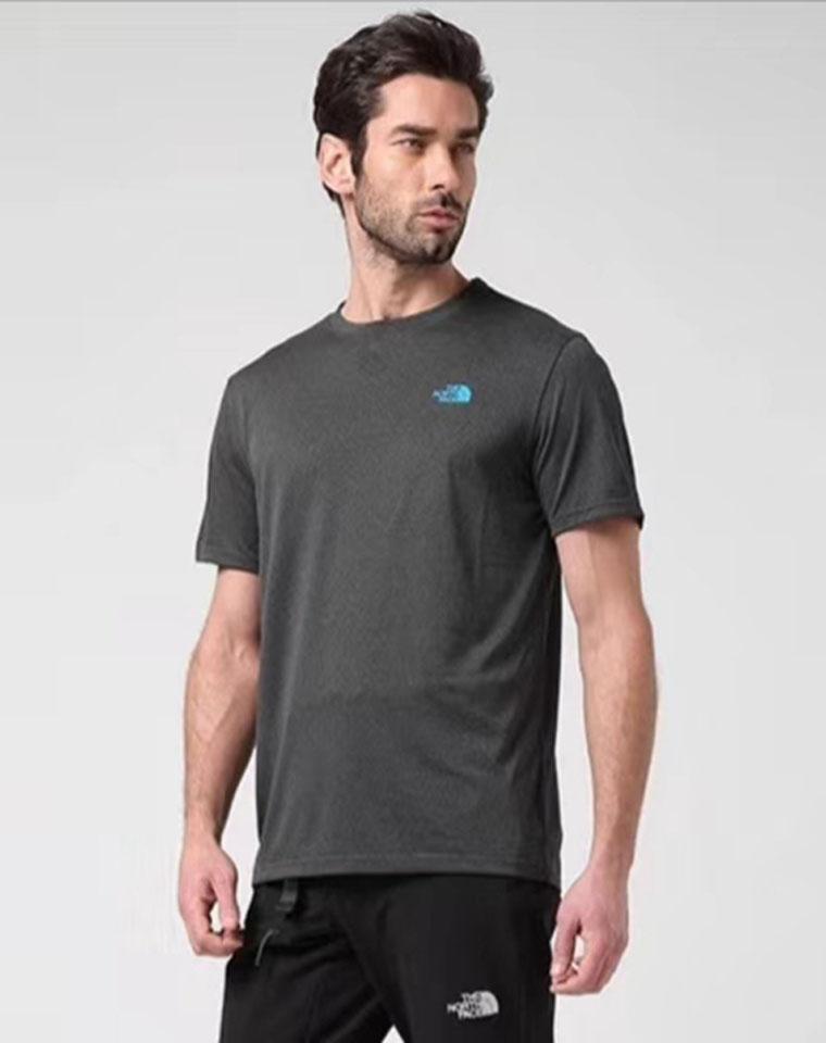 给纯爷们的好货  仅79元 The northface北面 春夏新品  舒适圆领户外男速干衣短袖T恤专柜款号NF0A2SM4