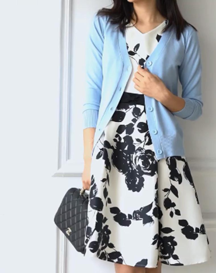 四季轮播的日子 亲需要这样贴心的小开衫  仅59元!!春季最新 品质基本款 丝光棉开衫 女纯色V领针织 宽松长袖