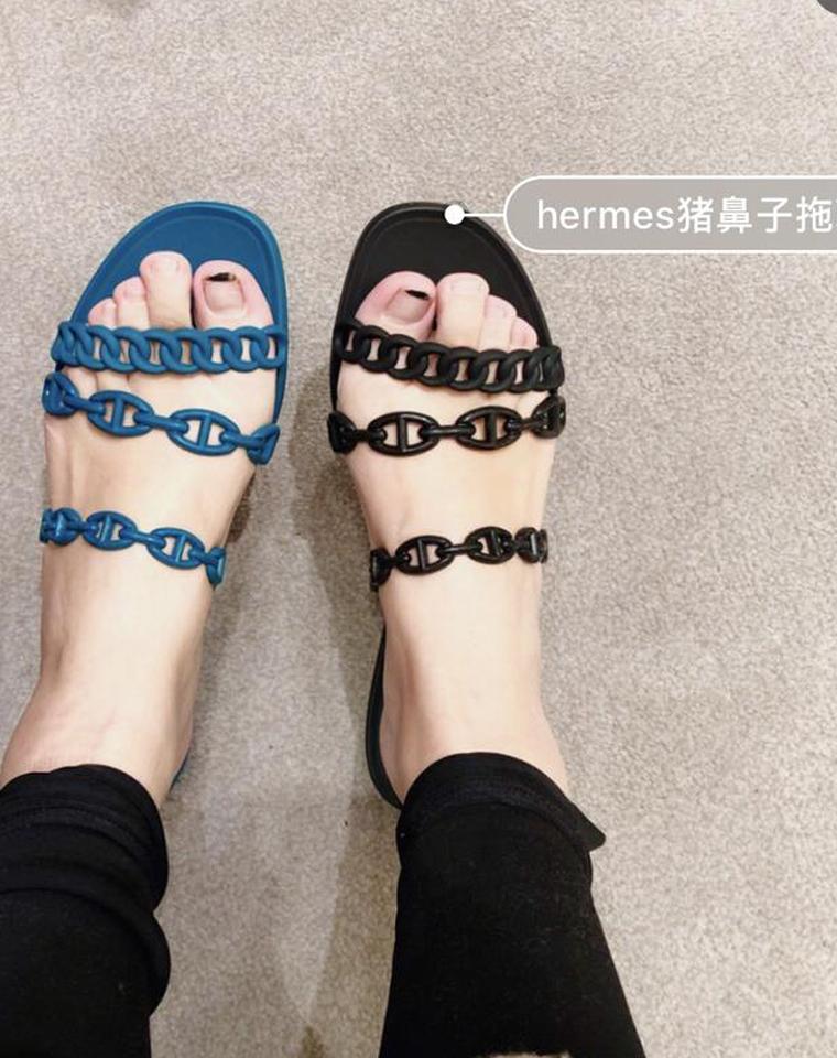 人气猪鼻子链条H拖~ 仅125元 超柔软舒适进口TPU塑胶   三根链条 凉鞋