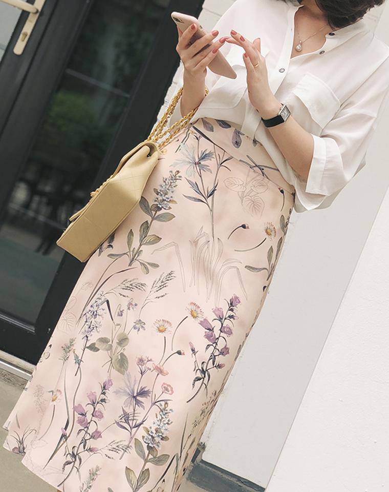 优渥女人专属 美到炸裂~仅498元  优雅迷人  花开半夏  修身显瘦显品质 双层高腰真丝半裙