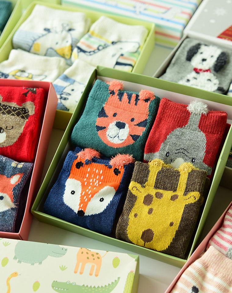 没有更好  可亲子 4双装男女童礼盒棉袜 仅26.9元  caramella正品 萌萌的小动物袜  4双礼盒装