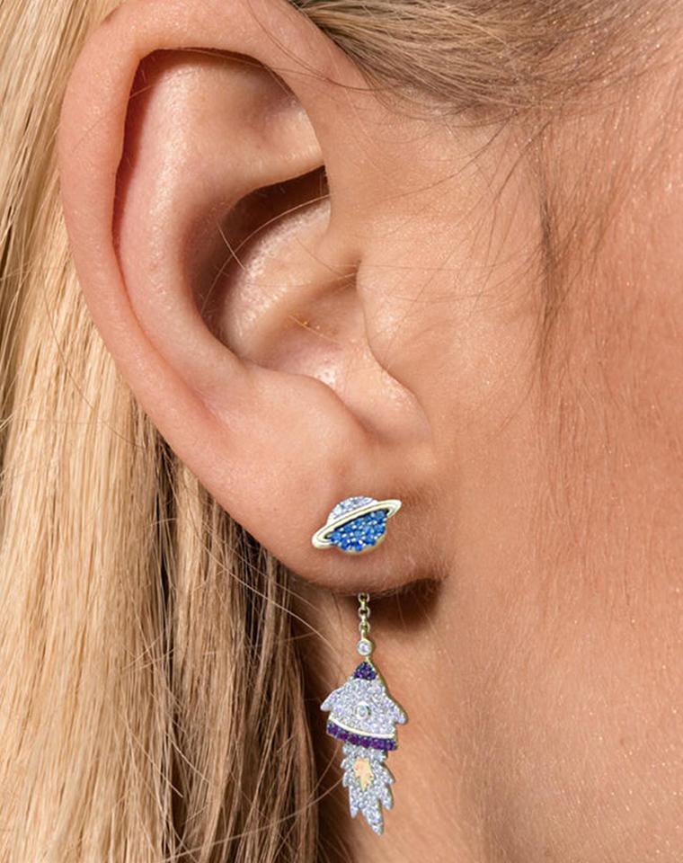 一副顶3副   仅165元     彩色亮钻火箭&星球不对称耳环