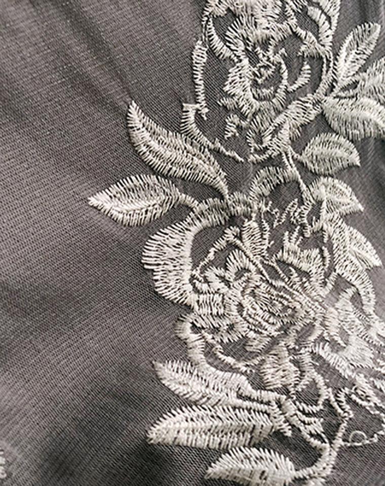 上身比想象中还美 仅68元  INC纯正原单  修身收腰双层有内衬网纱刺绣圆领短袖T恤