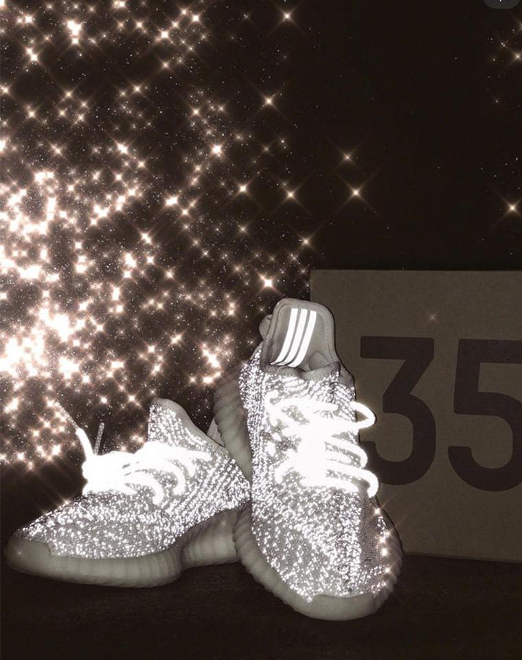 不找到最高版本不可能罢休!终于等到你!男女款  仅345元!!!椰子YEEZY满天星350 static休闲运动鞋