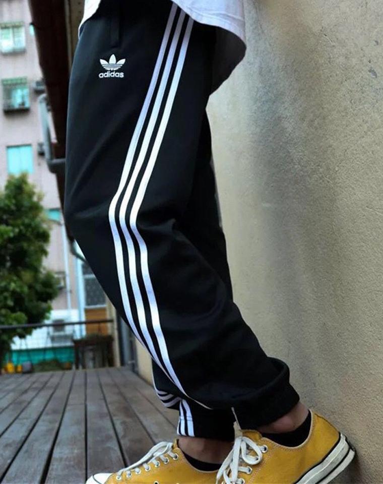三杠神裤拉风!!!三道杠斜了!!仅128元  男女款 Adidas阿迪达斯 三叶草 斜三杠运动长裤