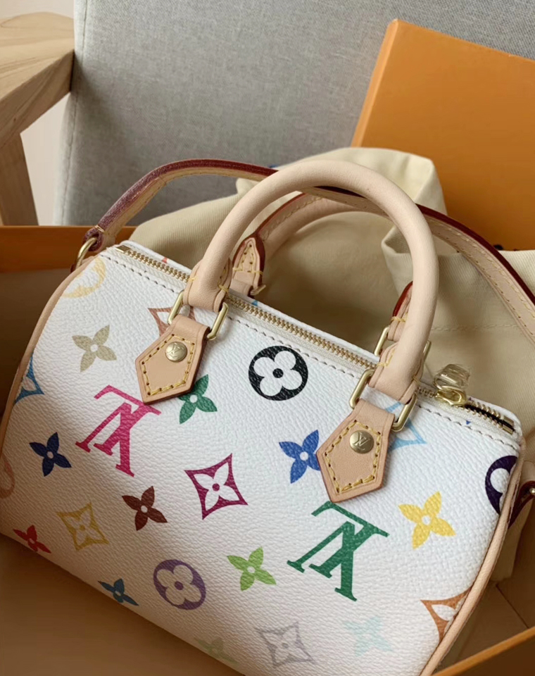 特殊渠道  仅665元   Louis vuitton  LV Speedy Mini 白三彩 女款小挎包