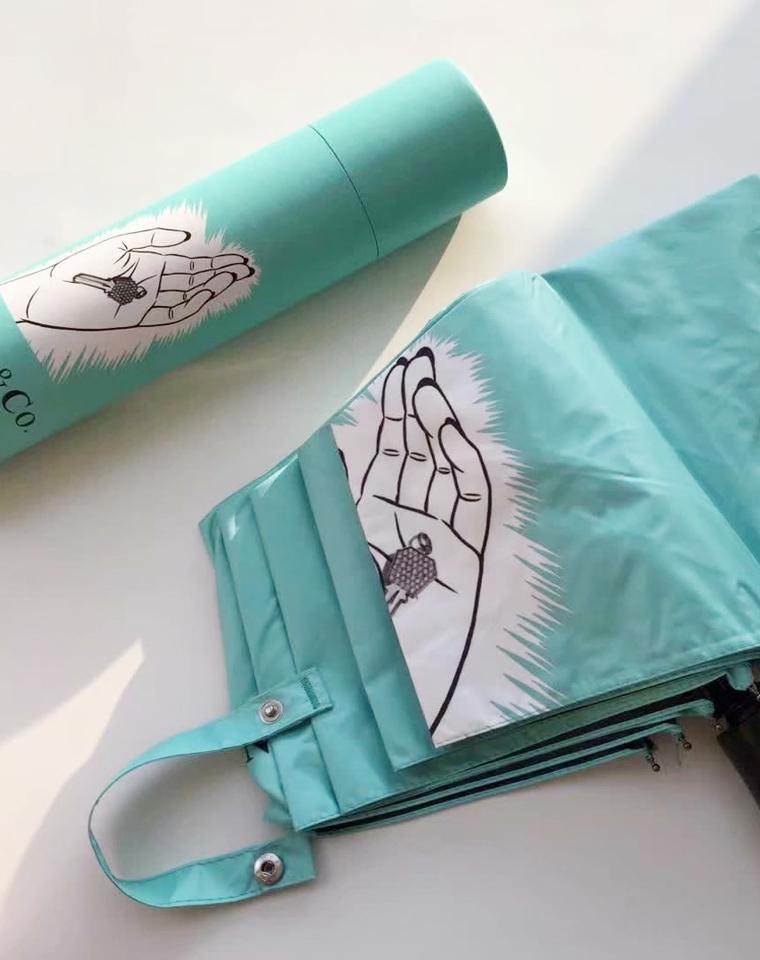 那一抹Tiffany蓝   仅99元  Tiffany纯正原单 礼盒装限量纳米技术晴雨伞折叠遮阳伞