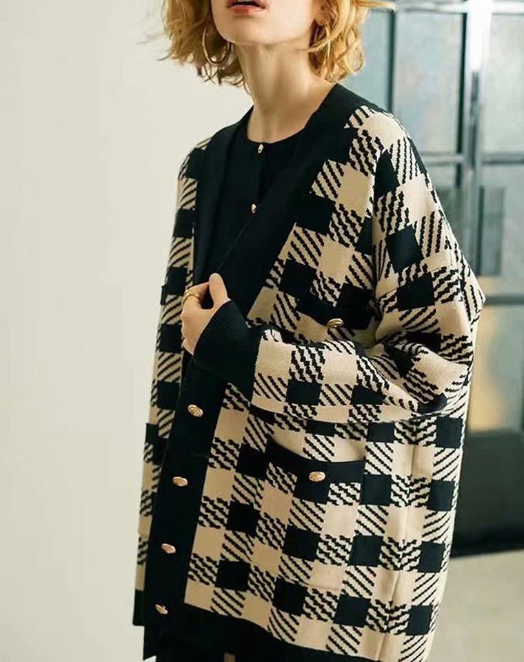 耐人寻味 仅198元  Sandro纯正原单  黑色米色格纹 小宽松显瘦廓形重磅针织外套