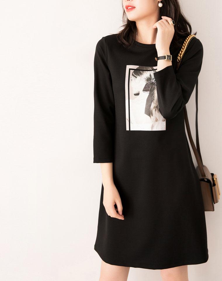 给你不一样的好看 清新简约美 减龄就是它 仅148元  立瘦10斤 客供面料 新贵设计师挺括A字黑色连衣裙中长款卫衣裙