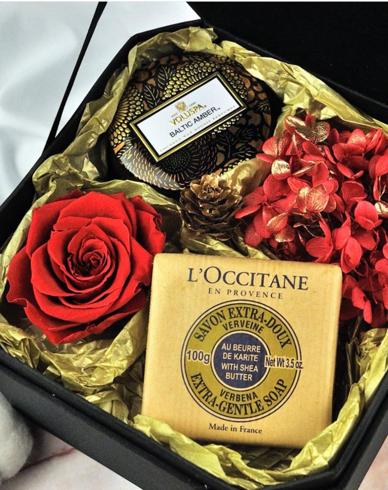 超值捡漏 仅68元  3香型一组  Loccitane 欧舒丹  乳木果牛奶 鞭草 薰衣草味护肤皂  100g*3