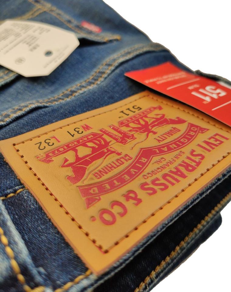 给纯爷们的福利  仅129元  美国Levis李维斯纯正原单 轻微水洗磨白  511牛仔裤男直筒仔裤