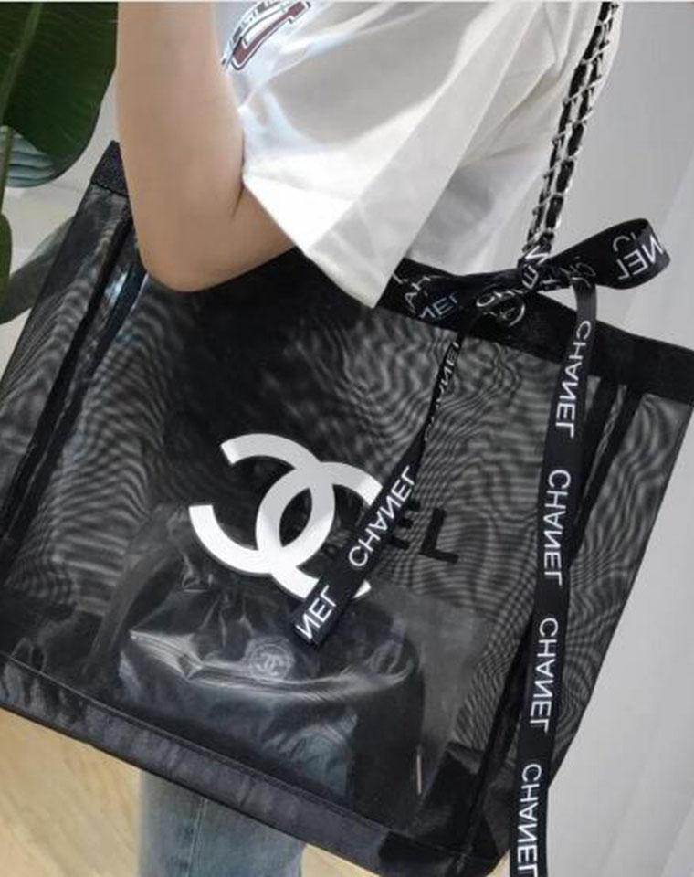 超值捡漏!还是2件套!仅125元  香奶奶VIP赠品 炒大容量网纱购物袋沙滩包!附赠化妆包