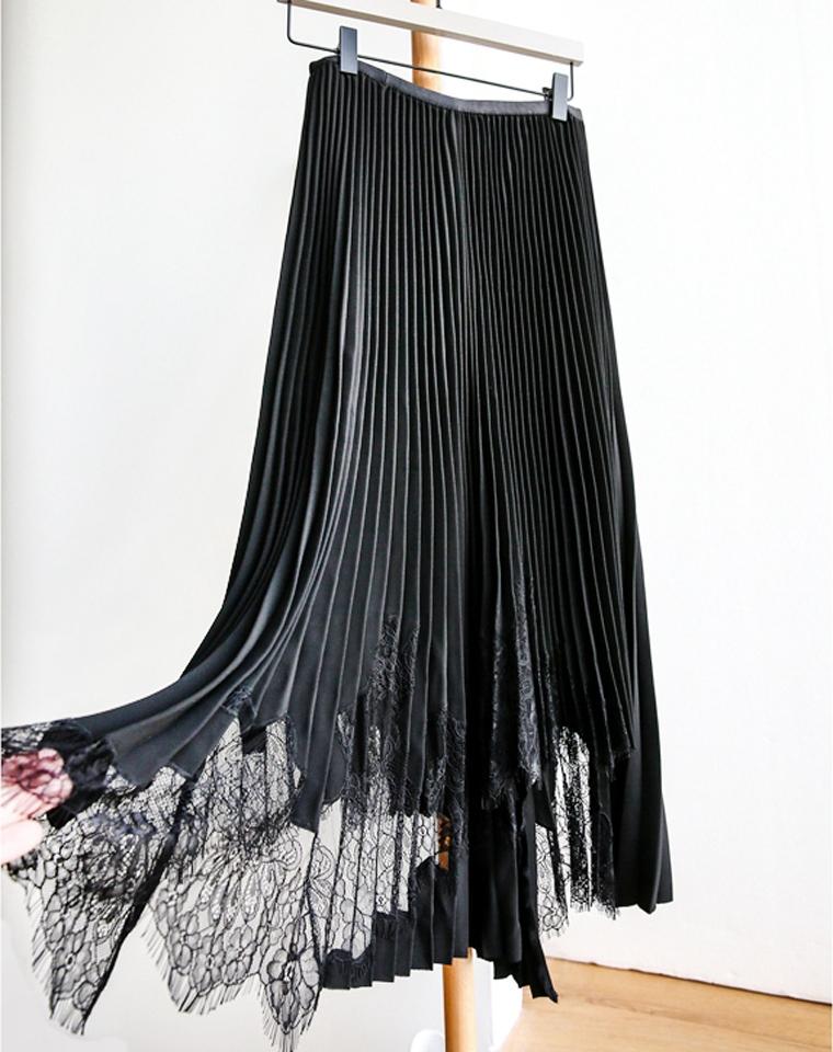 吸睛又能提升质感! 重工!牛货!不显胯 仅198元  精致手工拼接蕾丝 百褶裙半裙