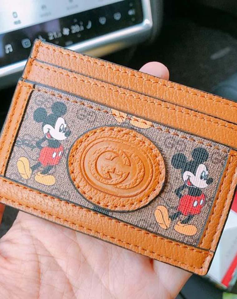 米老鼠卡包  馈赠佳品   仅58元 Gucci DISNEY联名款  纯正原单  牛皮+pvc,现货97个!