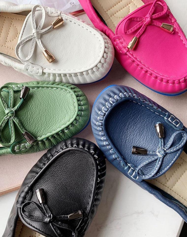 集舒适与颜值于一身 仅198元  ECCO爱步纯正原单  2020最新  全牛皮  可90度弯折  超舒适 豆豆鞋 赤足鞋
