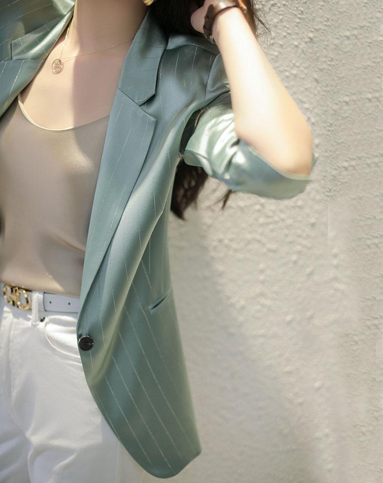 点亮整个朋友圈  高端好货   仅248元  亮丝条纹三醋酸西服夏 七分袖薄荷绿色西装外套薄款 垂感