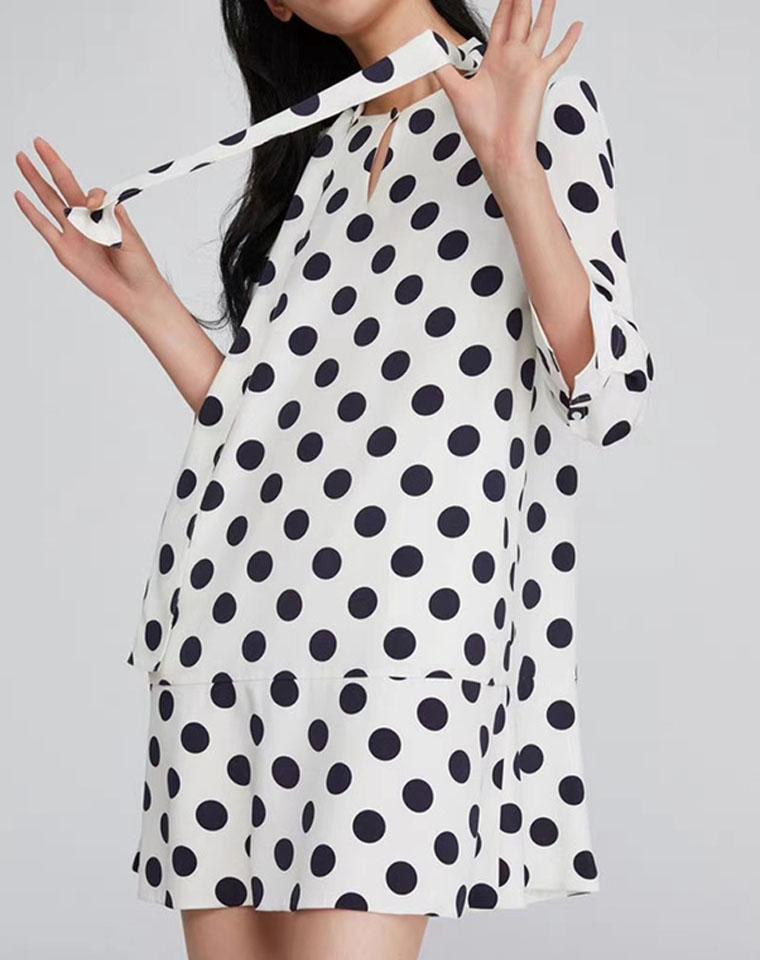 有细节有品质   仅98元  黑白大波点 七分袖天丝麻连衣裙