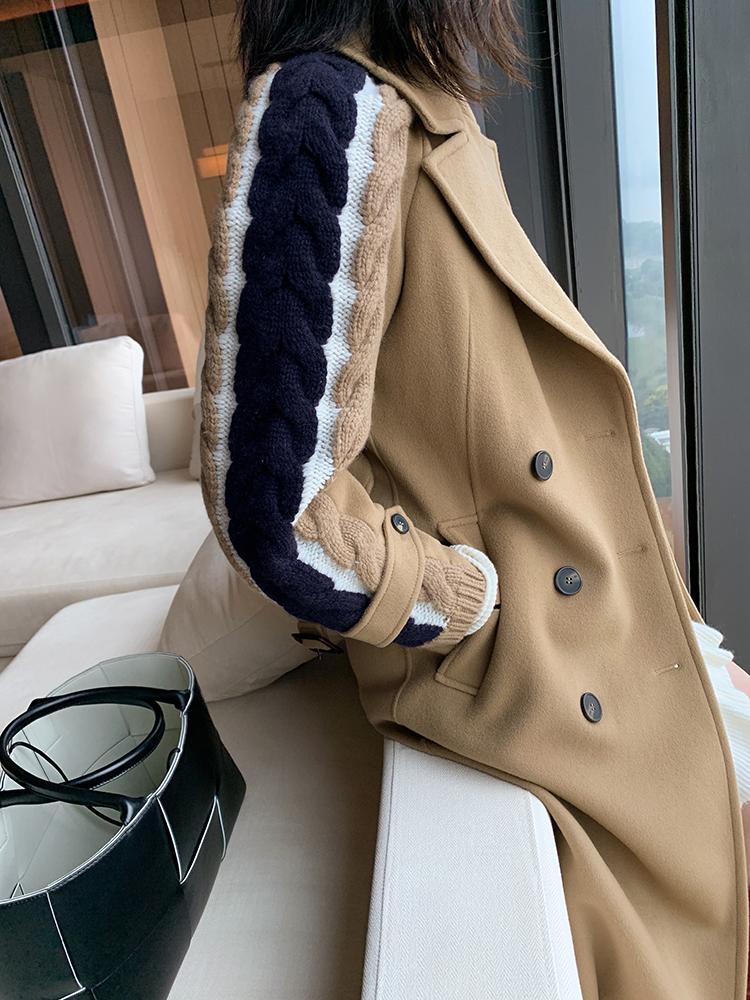 牛!狠!尖~!   仅1288元  Maxmara  Weekend系列  蓝白绞花羊毛拼袖 蜂蜜驼色羊毛呢海军大衣