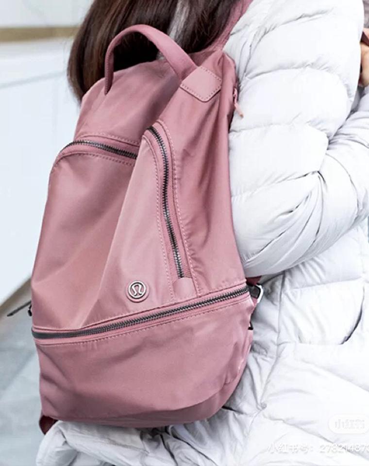 超轻功能型 超实背两件套装 含包中包  男女款  仅148元  Lulumelon纯正原单  可手拎斜挎运动包