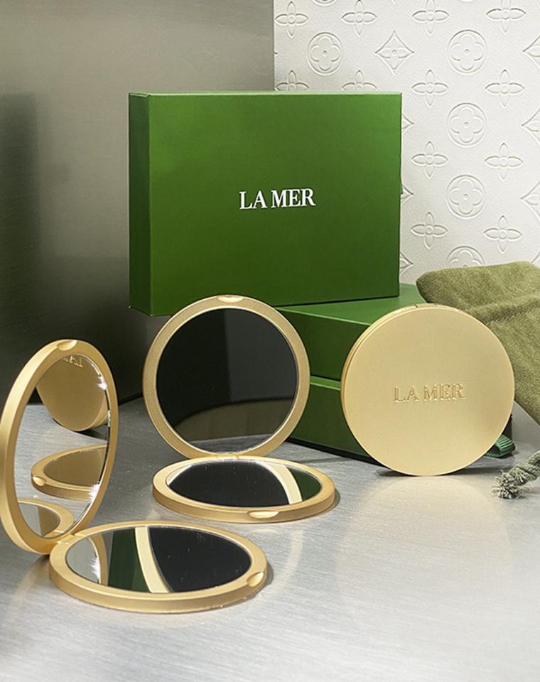 双面带放大功能 仅58元 LAMER纯正原单   鎏金色补妆镜 原包装有收纳袋
