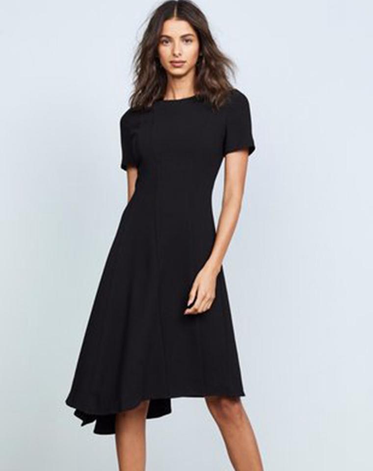 精简雅致女子   仅118元  美国Calvin Klein纯正原单   下摆不规则小黑裙