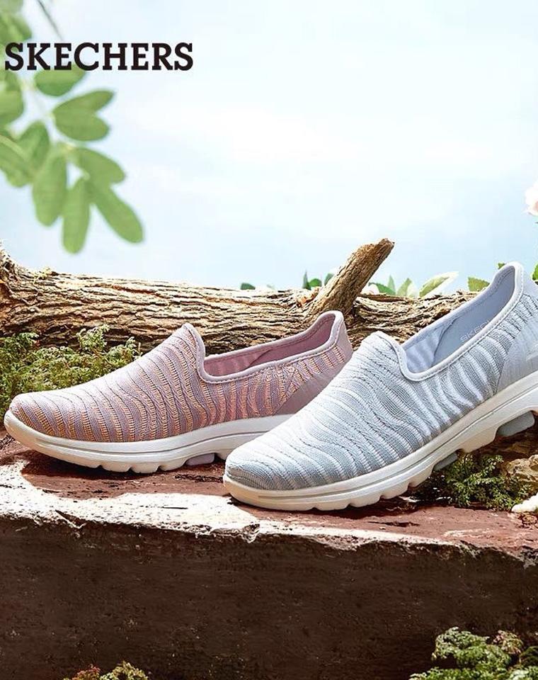 迷之舒适 官网同步  仅138元 美国Skechers斯凯奇 21夏季 女款简约一脚蹬健步鞋
