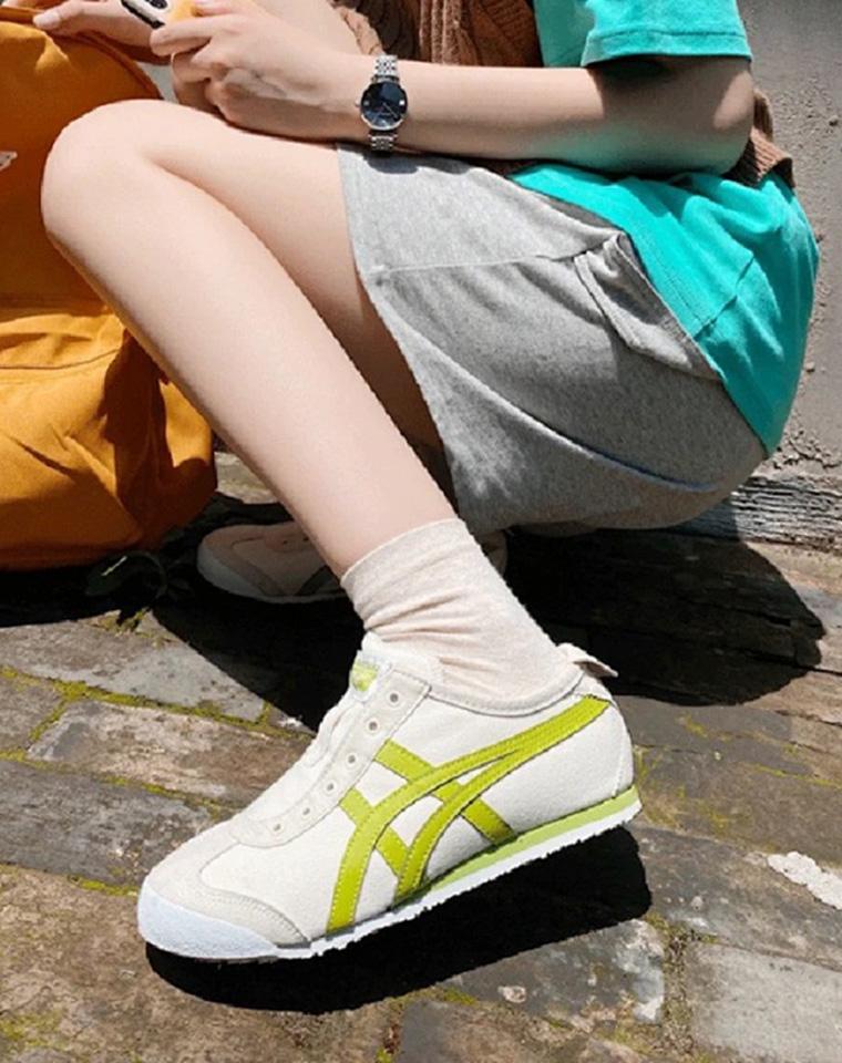 新色! 牛油果绿的夏天~ 成人男女款  仅168元  四季行走的潮流  Onitsuka Tiger鬼塚虎纯正原单  一脚蹬帆布鞋 运动鞋