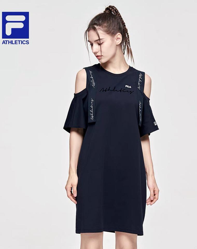 超级简约俏皮   仅138元  FILA斐乐纯正原单   露肩设计连衣裙 舒适有弹性